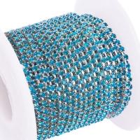 Стразовая цепь, арт.07, размер 2мм; Blue Zircon; серебро - 50 см