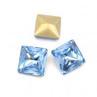 Кристалл Квадрат 10мм Light Sapphire