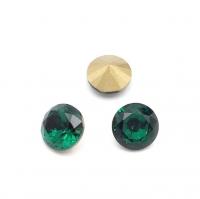 Кристалл Шатон 8мм Emerald