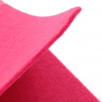 Фетр жёсткий EFCO, толщина 2мм; лист 30*45см; 350г/метр; Тёмно-Розовый