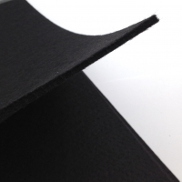 Фетр плотный Rayher, толщина 3-4мм; лист 30*45см; Чёрный
