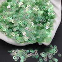 Пайетки Италия; плоские 4мм; яркий Зелёный АВ полупрозрачный (123); 3 грамма