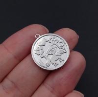 Медальон Символы с фианитами; цвет платина