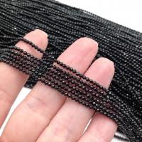 Чёрная Шпинель, ювелирной огранки шар 2мм; нить 38см