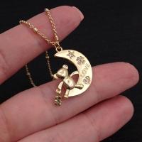 Медальон Мишка-Тоус на Луне с фианитами; цвет золото