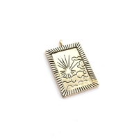 Медальон Восход Солнца с чернением; цвет золото