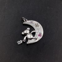 """Медальон Мишка-Тoус на Луне """"Самоцветы""""; родий"""